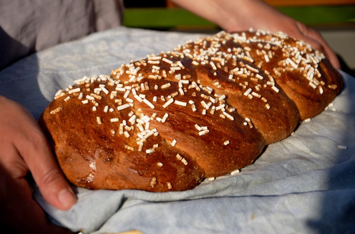 HefeZopf ovvero la treccia di pane dolce del Tirolo Pasquale