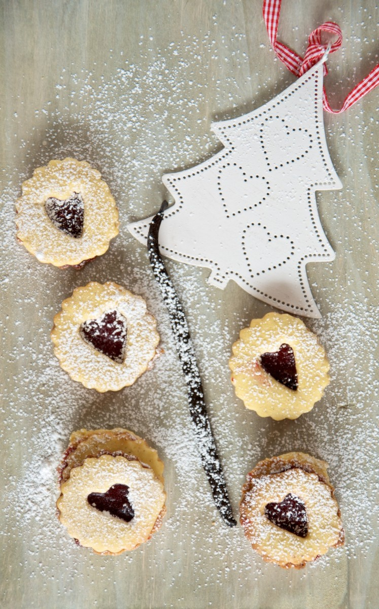 Spitzbunen, biscotti di Natale con Vaniglia e Marmellata